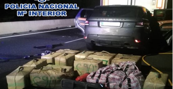 Stopped a narco with 450 kilos of hashish in the car after an accident in Malaga