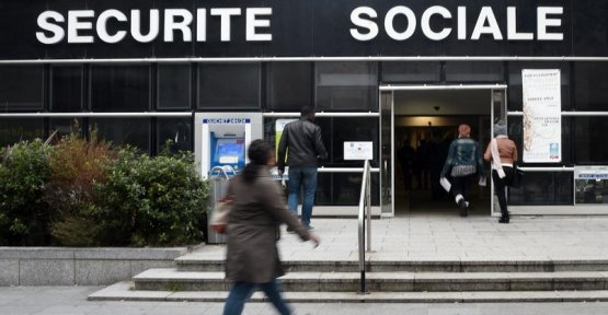 The State leaves it there to spend billions of euros of fraud to social security benefits ?