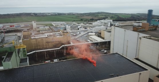 Greenpeace has filed a smoke on the nuclear site of La Hague