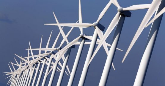 Wind turbines: the taboo of recycling and the cost of dismantling
