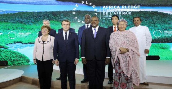 In Nairobi, Macron makes new commitments to the planet