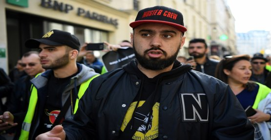 Yellow vests: Eric Drouet called to a crash national refinery this Tuesday