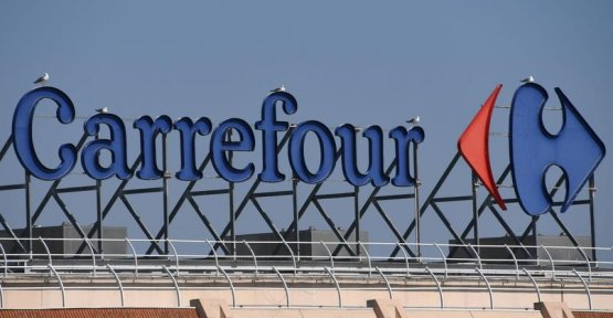 Up to 3000 departures at Carrefour