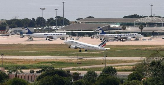 Air France is struggling to reorganize in Corsica