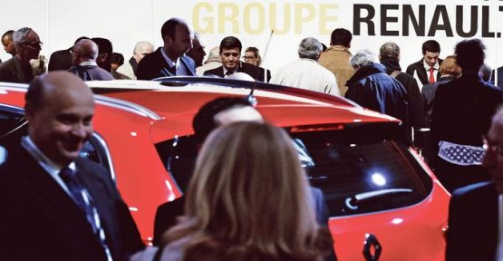 The general assembly of Renault ranks behind the new direction
