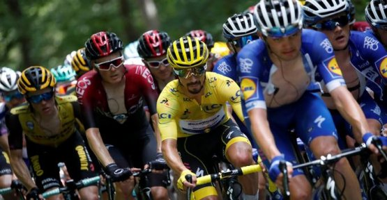 With the Tour de France, the audiences of France 2 fly