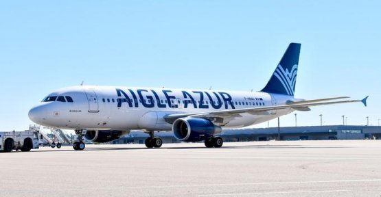 Aigle Azur threatened to be nailed to the ground