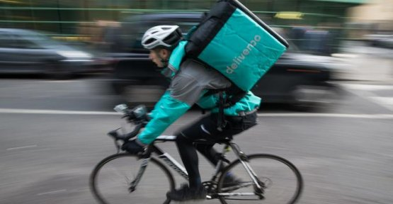 At the edge of the rupture, drivers Deliveroo are considering a national strike