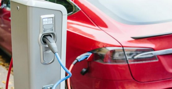 Electric cars, 80 km/h: what is the law mobility