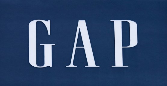 Gap will close eight of its 28 shops in France