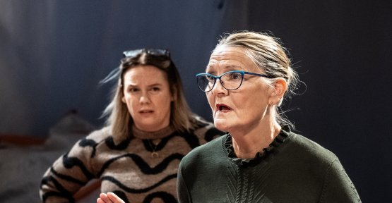 Ajvide lindqvist's new play is a comedic bull's-eye