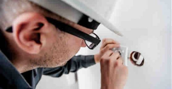 4 Tips for Growing Your Electrician Business