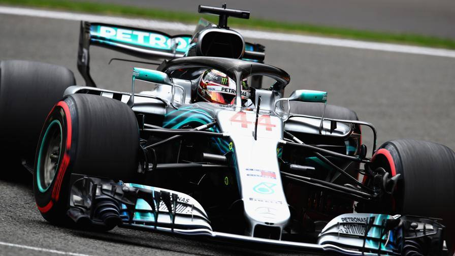 C8217;232; la pioggia in Q344; la pole 232; di Hamilton33; Ferrari44; prima fila Vettel