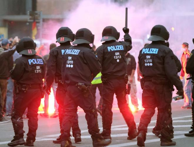 Criticism of the German police by leaks about the crime that instigated the marches of neo-nazi