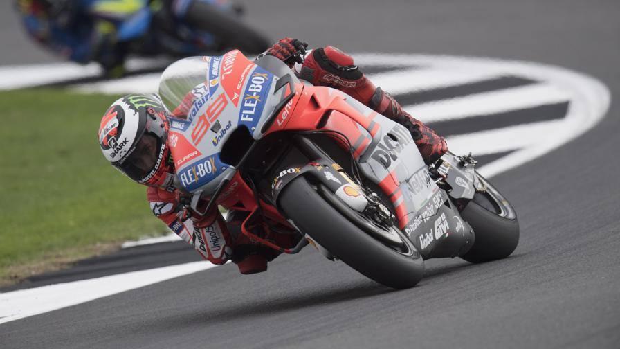 MotoGP Silverstone Lorenzo in pole59; 2176; Dovizioso59; 5176; Marquez44; 12176; Rossi