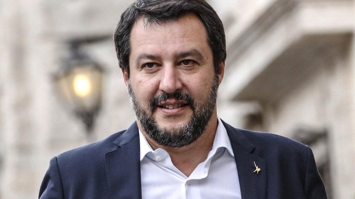 Diciotti, Salvini investigated by the public prosecutor of Agrigento. The ministerx3a; quot;we do Not stop. Andx27; a shamequot;