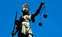 Climate lawsuit to the constitutional court: Right place, wrong time