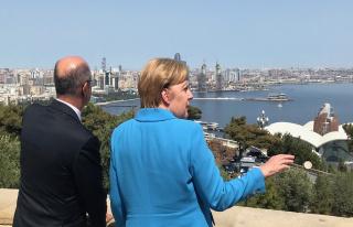Angela Merkel in Baku: Aserbaidschan will mehr Gas...