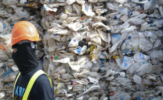 Malayisa sends plastic waste: no more garbage dump of the world