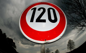 Ex-transport Senator over speed limit: The speed limit is accepted