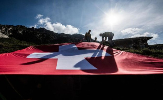 The domain of the highly skilled: hundreds of thousands of Germans from Hiking